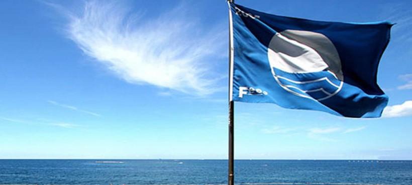Una bandiera blu concessa sulla fiducia